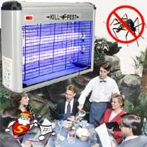 เครื่องดักยุงและแมลงแบบแขวนผนัง โดยใช้แสงแบล็คไลท์